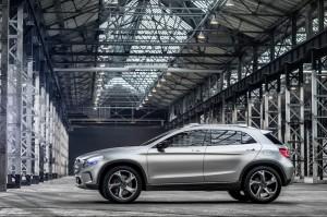 Mercedes Дебютира с ново бижу