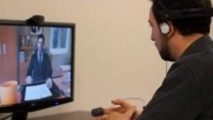 Платформата симулира виртуално интервю с цел подготовка на кандидатите