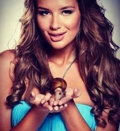 Велина от Мис България 2013 даде интервю за Списание VIP