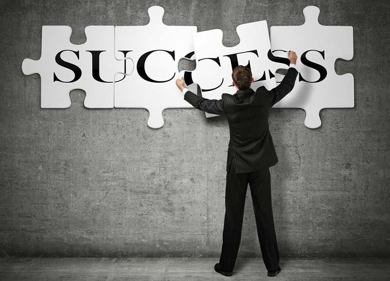 За да бъдеш успешен – не бъди зад бюрото!