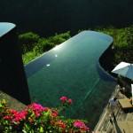 Топ 15+1 на най-готините басейни в света