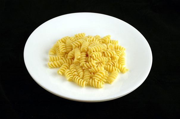 как изглеждат 200 калории - макарони