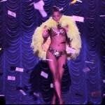Транссексуален модел в шоуто на Виктория Сикрет