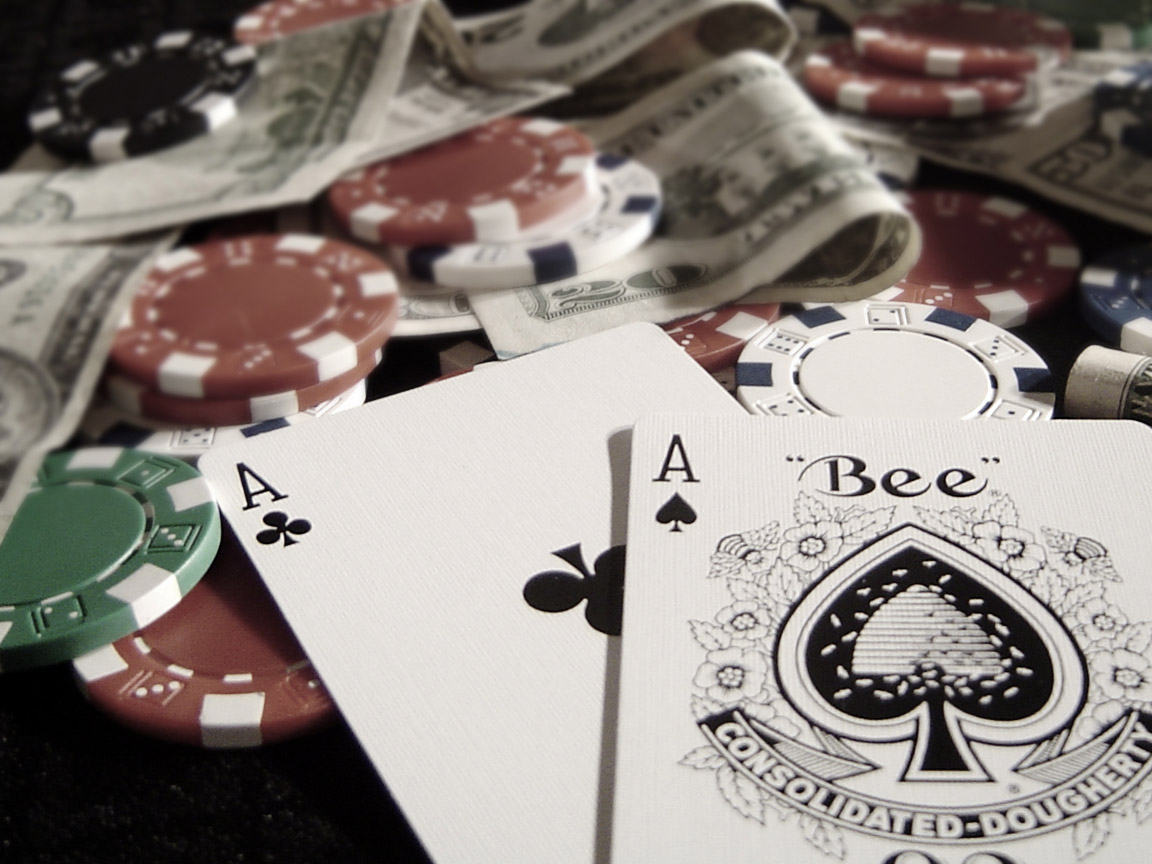 Покер - просто игра или начин на живот с Тhe Luckier