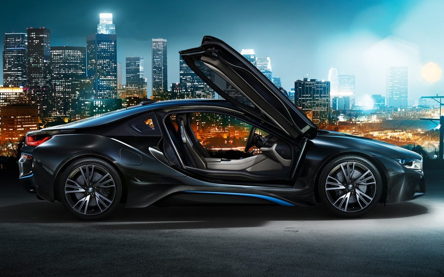 Новото супер-модерно BMW I8 е вече факт