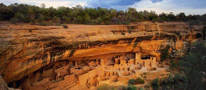 Cliff Palace е една от невероятно красивите скални гледки