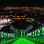 Ски писта свети в зелено по случай Свети Патрик