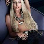 Лейди Гага със скандална фотосесия за Версаче