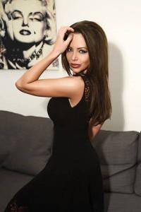 Българската Джоли и Кейдж участват в български филм