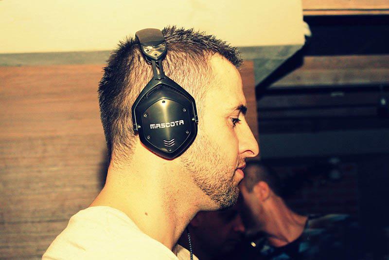 Специално интервю на DJ Mascota за читателите на Списание VIP