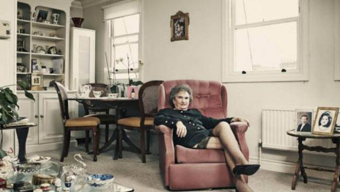"""Професия """"компаньонка"""" и скандалната историята на една 85 годишна дама"""