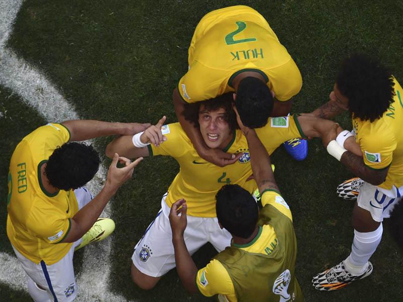 7 от най-запомнящите се моменти от 1/8 финалите в Бразилия