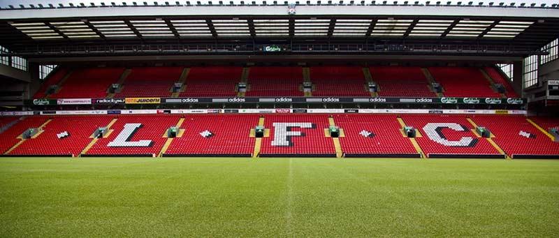 Анфийлд е от невероятните футболни стадиони, които трябва да посетите