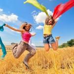 Къде живеят най-щастливите млади хора