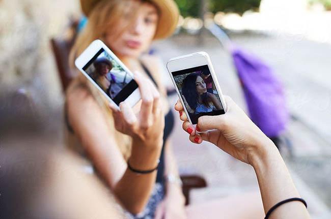 Споделянето в социалните мрежи е полезно за личността