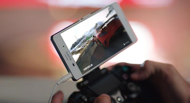Xperia Z3 с игри за PS4