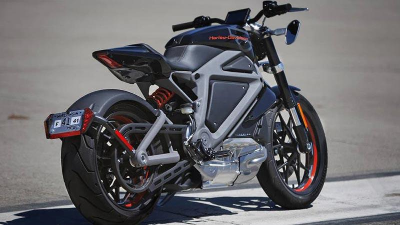 Harley Davidson на ток
