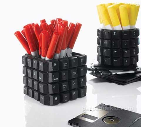 12 приложения на старата клавиатура - поставка за химикали