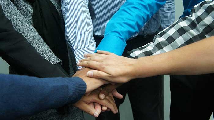 Създавайте приятелства на работното място