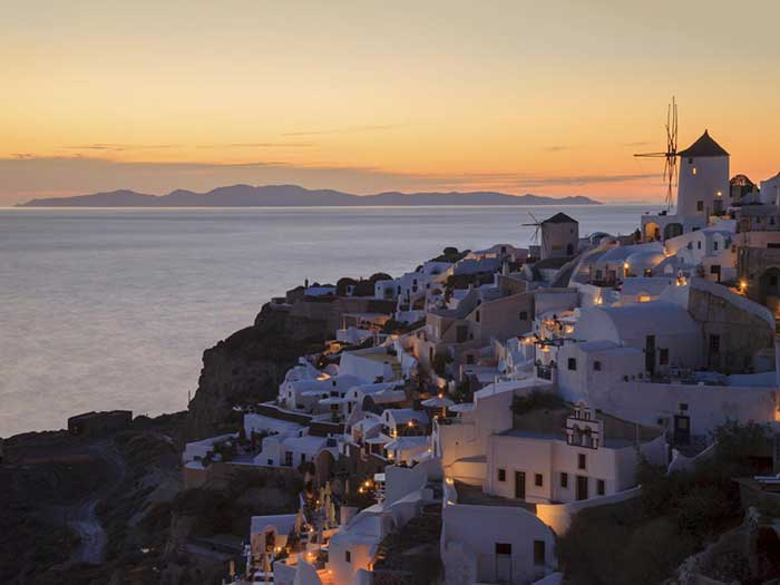 santorini-most-romantic