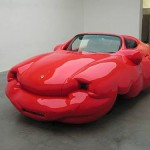 Странните форми в изкуството на Ервин Вурм