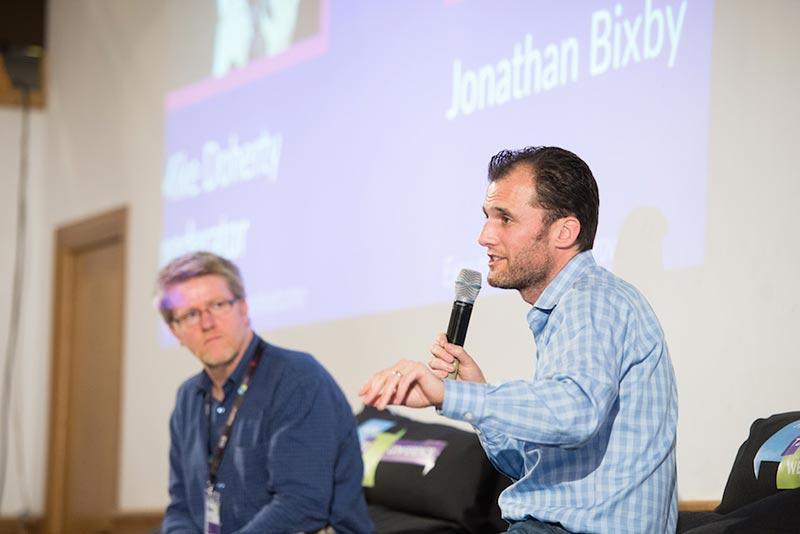 Интервю с Джонатан Биксби