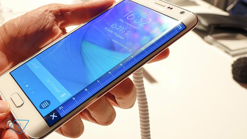 Рвю на Samsung Galaxy S6 Edge