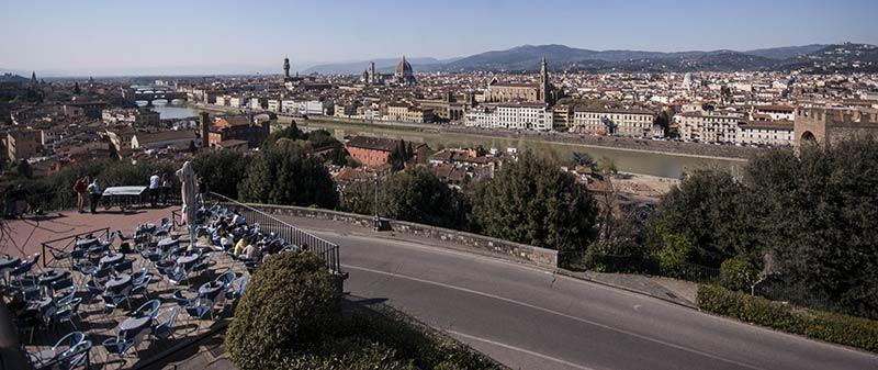 Страхотна гледка към величествената Флоренция