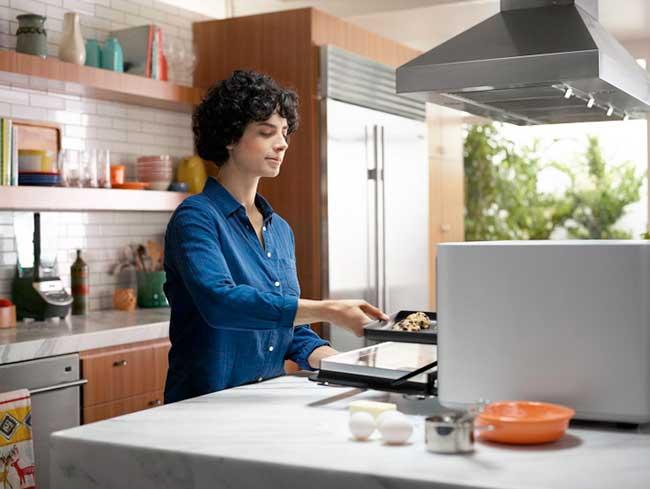 June - умната готварска печка