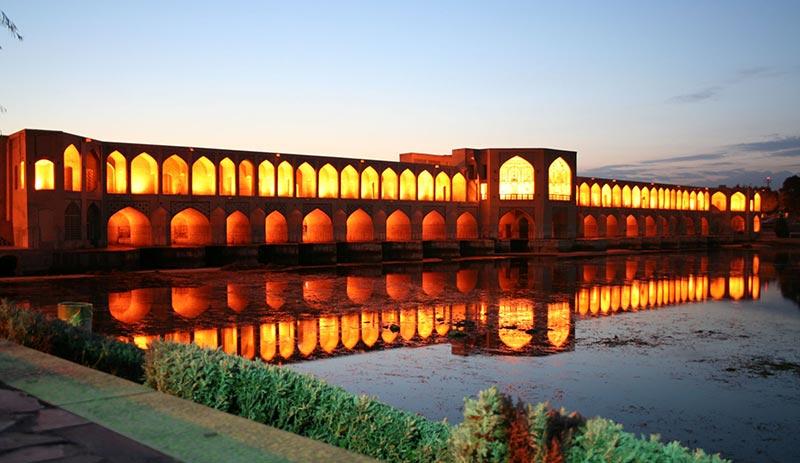 """Мостът """"Khaju"""" е сред най-красивите мостове в света"""