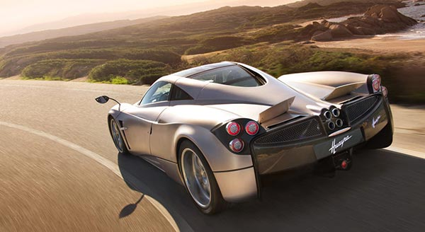Топ 10 на най-бързите серийни автомобили