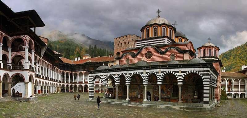 Рилският Манастир е най-митичния православен храм в България