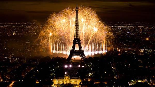 Париж е в топ 10 на най-популярните новогодишни дестинации