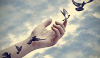 Не спирай този, който си тръгва от теб…
