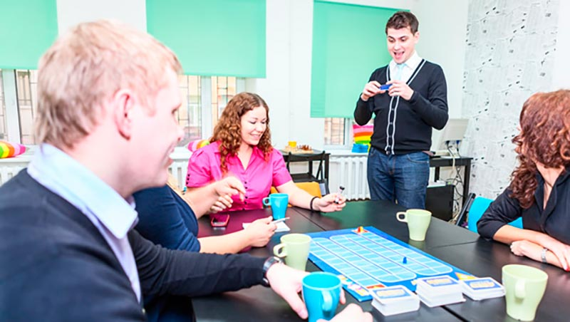 Ефективни екипни игри в офиса