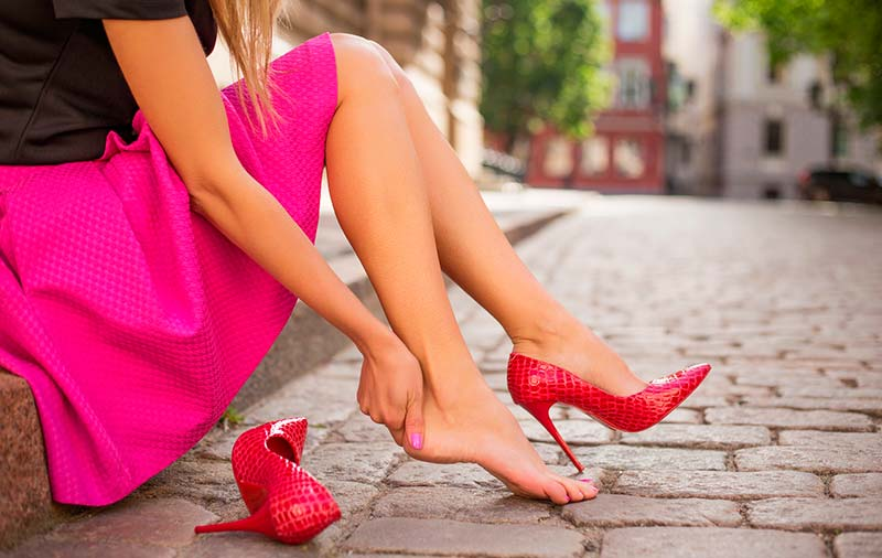 Дискомфорт заради високите обувки?