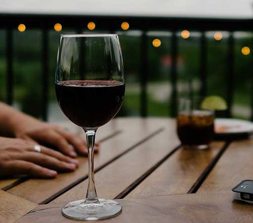 Вино преди лягане за добра форма?