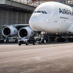 Porsche Cayenne дърпа Airbus A380