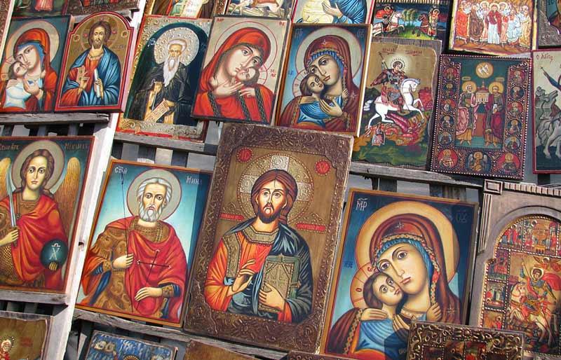 Как се избират икони за подарък