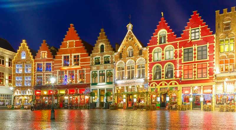 Как празнуват Коледа хората в Белгия