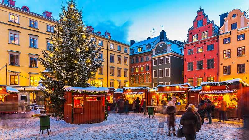 Как празнуват Коледа хората по света